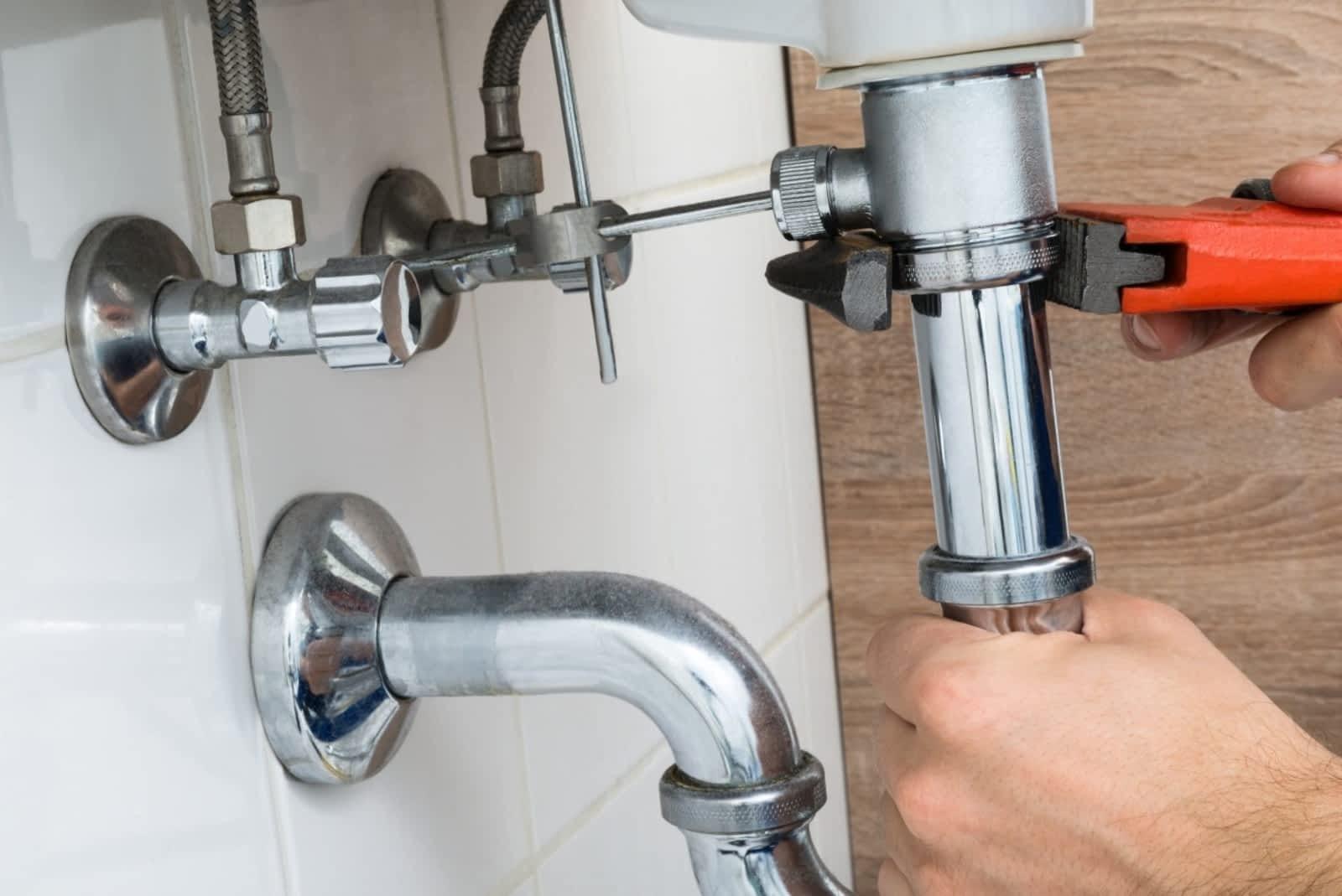 hope island plumber