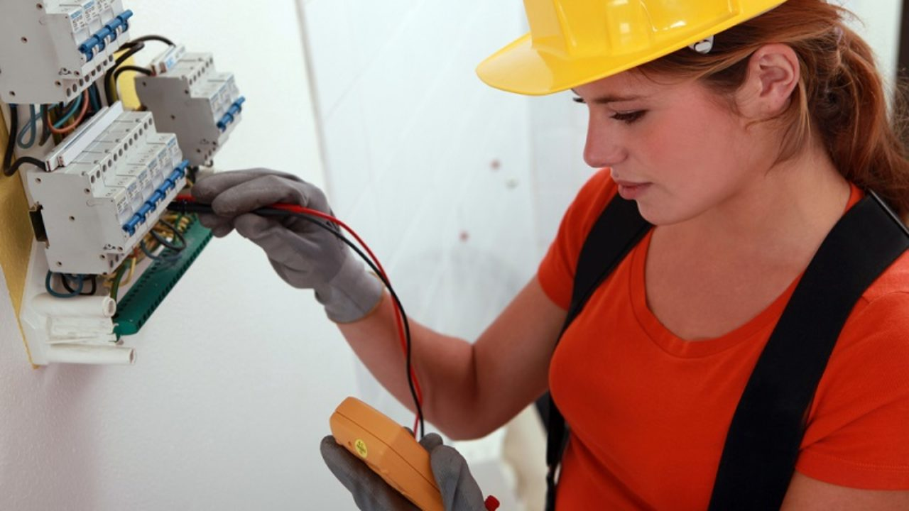 How to Hire an Emergency Electrician?
